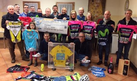 Lo sport chiude l'anno in bellezza: 20mila euro dall'asta solidale di 'Regala un sogno' con i campioni del ciclismo