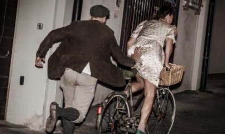 Criterium d'altri tempi, regolarità con bici e abbigliamento pre anno 1987. Foto e video